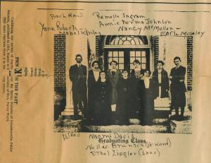 1916 graduating class in front of D'ville Hospial