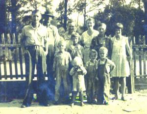 Tm and Johnnie Moulton family 1934